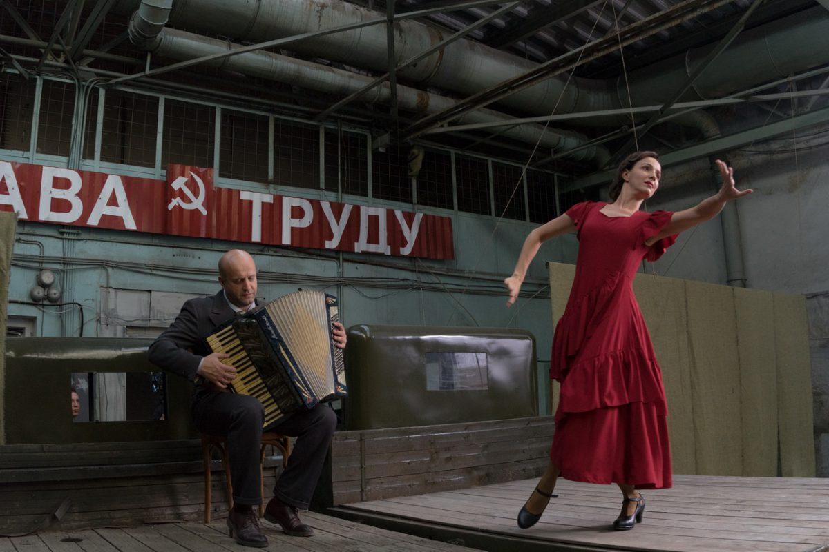 Премьера на Первом: военная мелодрама «Жди меня»
