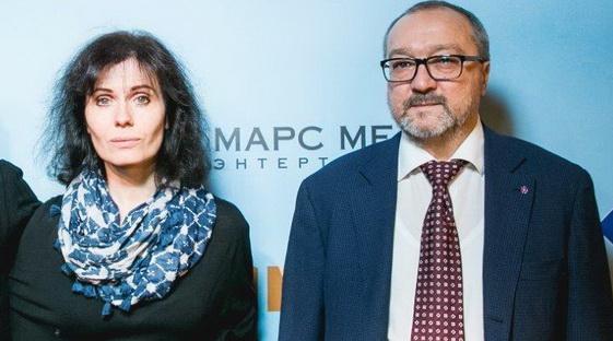 Алена Званцова заключила контракт с «Марс Медиа» на пять лет
