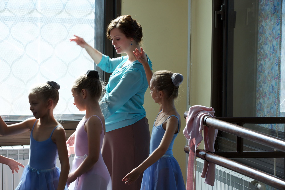 «Пуанты для Плюшки»: Дарья Калмыкова занялась балетом